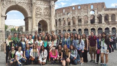 Foreign language students tour France and Italy