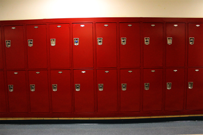New lockers have some students seeing red
