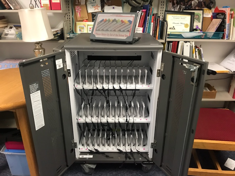 Empty+Chromebook+cart+in+the+library