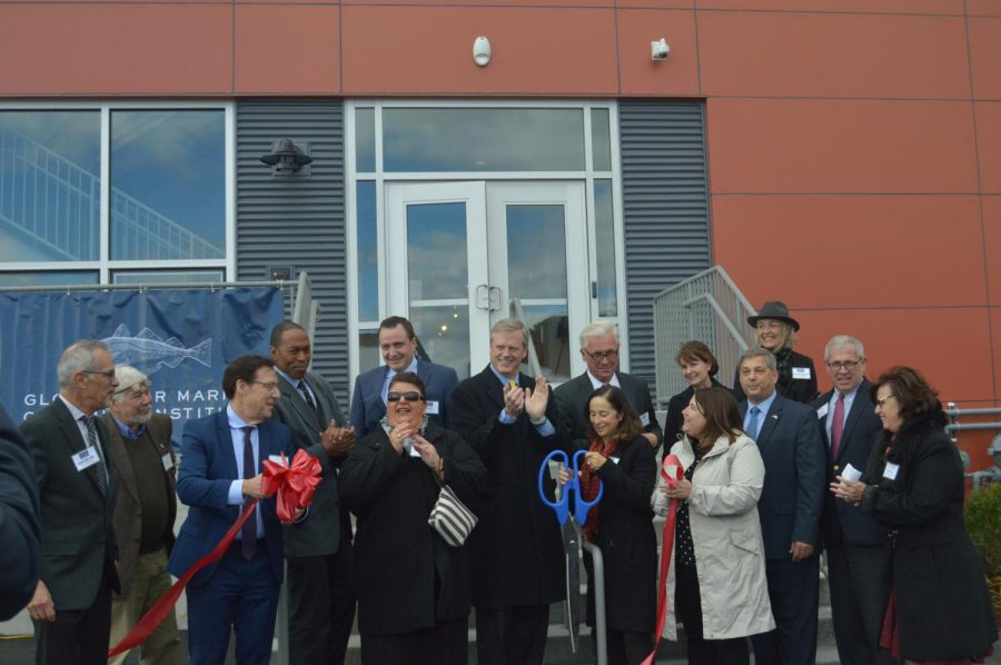 Gov.+Charlie+Baker+and+elected+officials+at+the+Gloucester+Marine+Genomics+Institute%27s+ribbon+cutting+ceremony