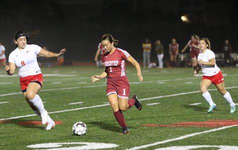 Mila Barry in action against Everett