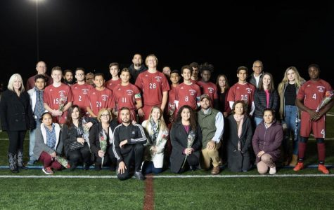 Boys soccer qualifies for playoffs on Senior Night