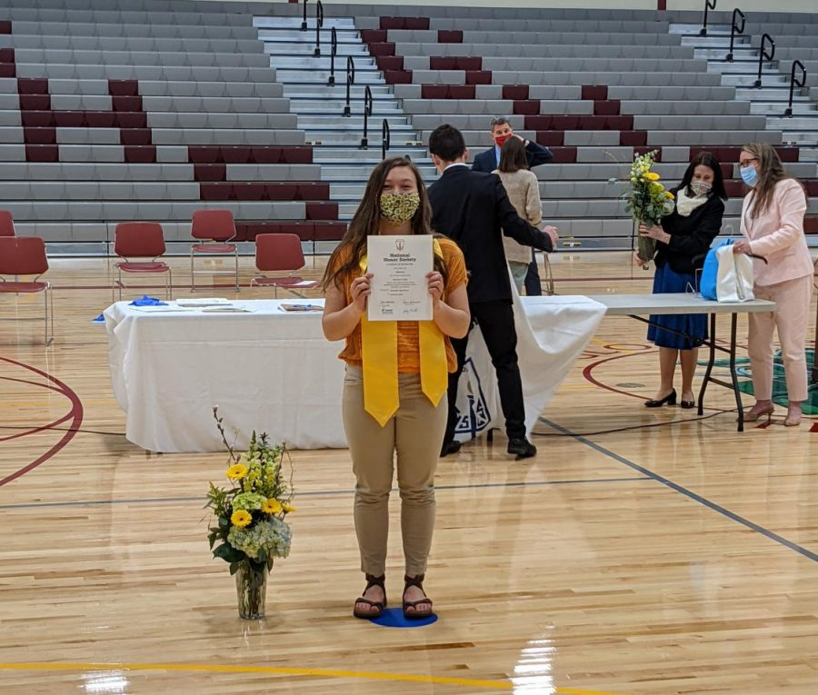 Gillnetter+Editor-in+Chief+Mila+Barry+was++recognized+for+her++outstanding+scholarship+at+NHS+inductions.+